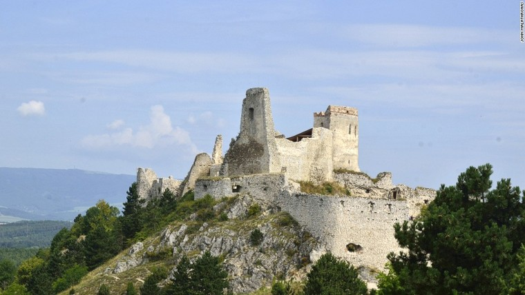 140812163037-blood-countess-slovakia-castle-horizontal-large-gallery