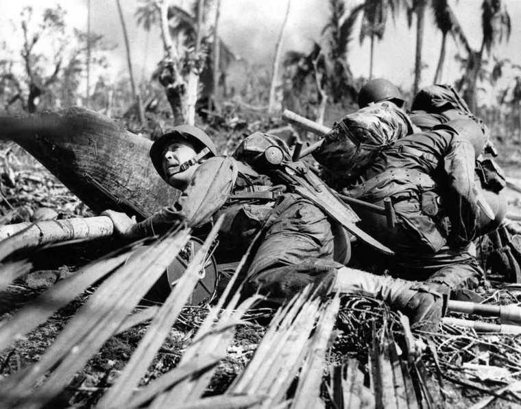 WWII U.S. INVASION LEYTE ISLAND