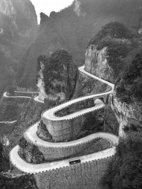 9b42a961814da283827dc9ec1b5d627f--hairpin-tianmen-mountain