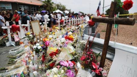 el-paso-shooting-memorial-20066619