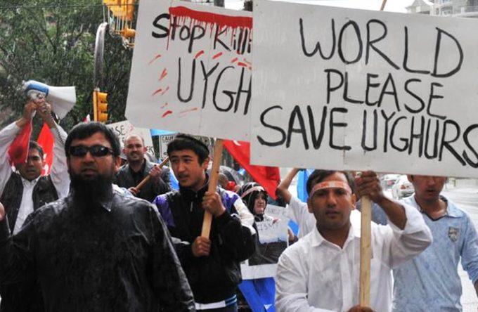 uyghurs-680x444